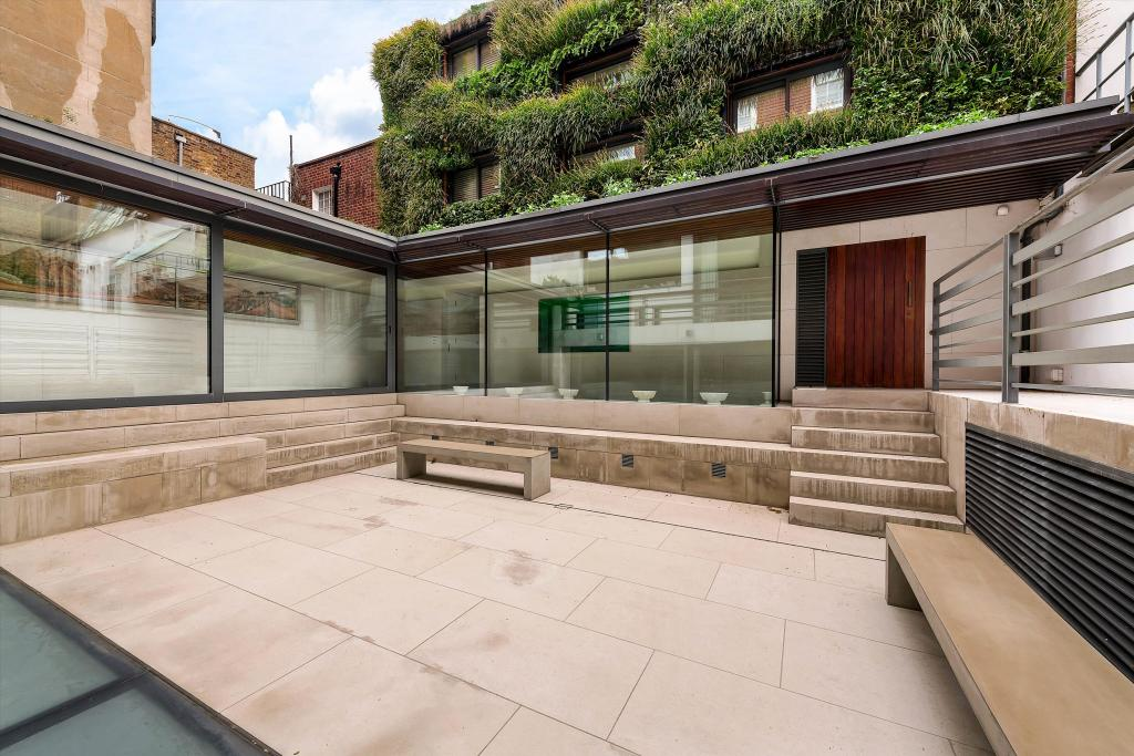 7 bedroom terrace house for sale